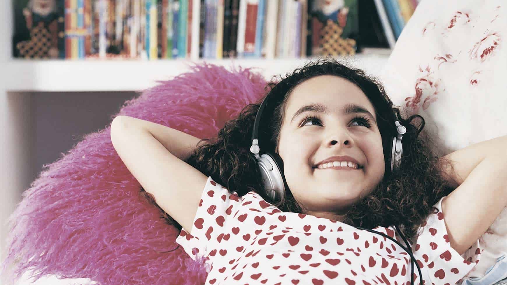 Girl Listening to Every Kid's A Genius: Lesson 1