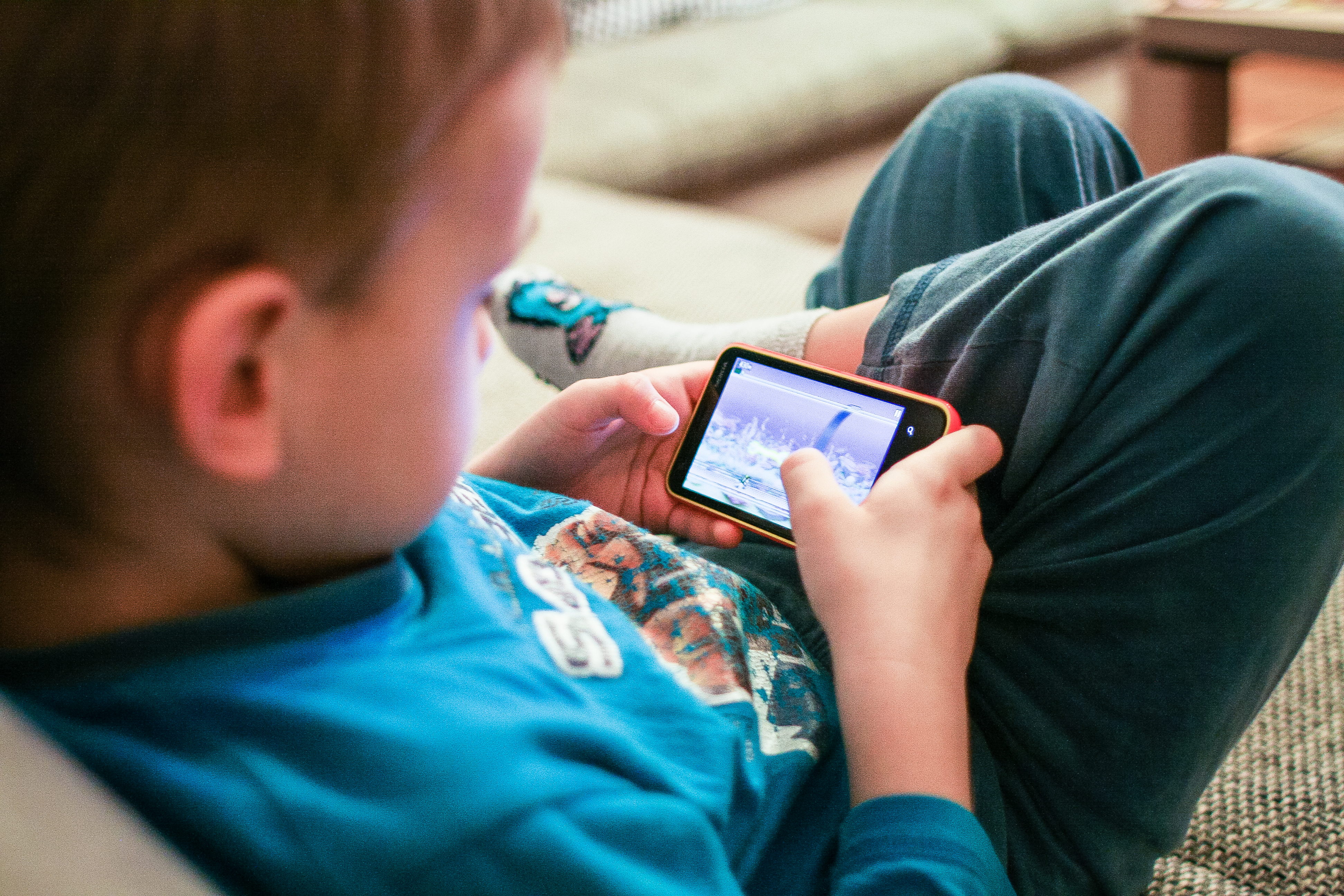 Learning Tools For Kids: Playing with Smartphone App