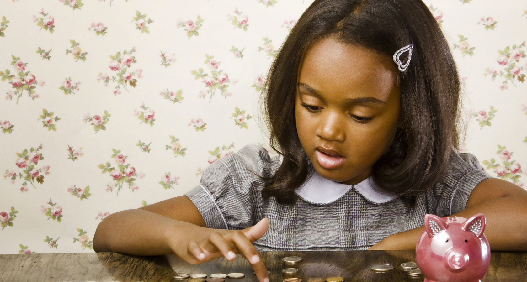 Teach Kids Money: Child Learning to Count